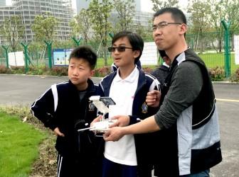 我校国际部学生参观无人机基地