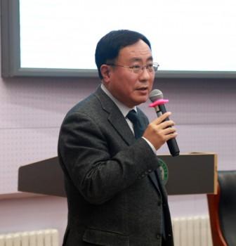 """复旦大学常务副校长桂永浩教授为本学期""""博学计划""""作收官讲座"""