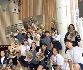 丛花熏得手留香——记国际部一次插花与审美的课程